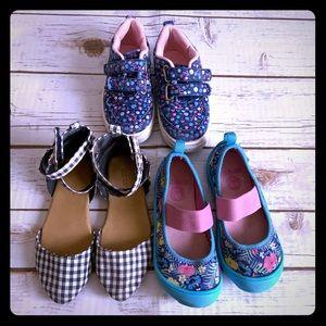Crocs and more shoe bundle